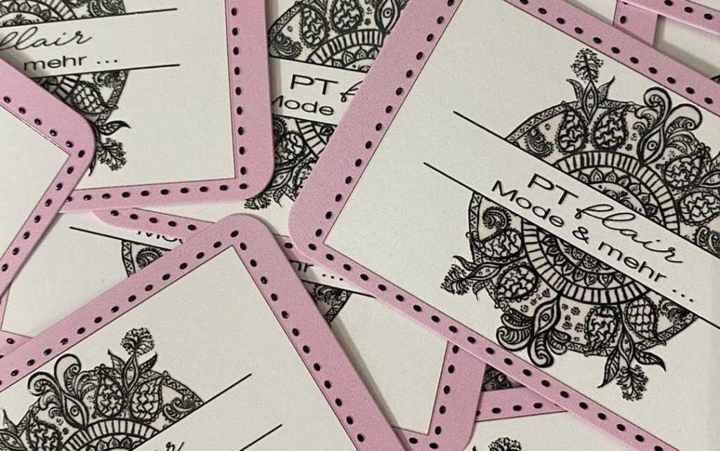 Karten mit Logo von ptflair